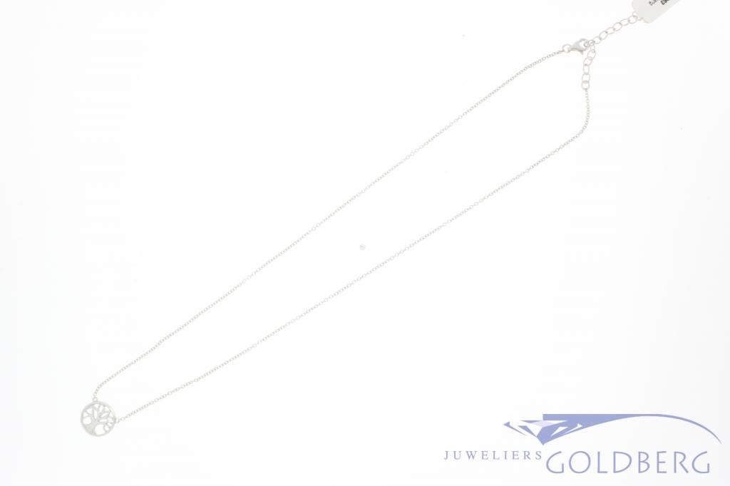 Fijn zilveren collier met boompje hanger