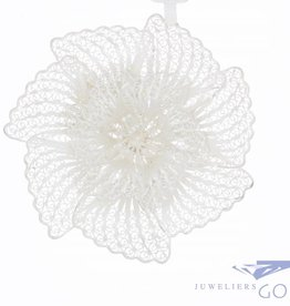 Grote vintage zilveren bloem broche