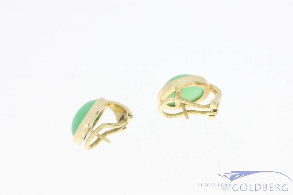 Vintage 14 carat gold earrings with chrysoprase