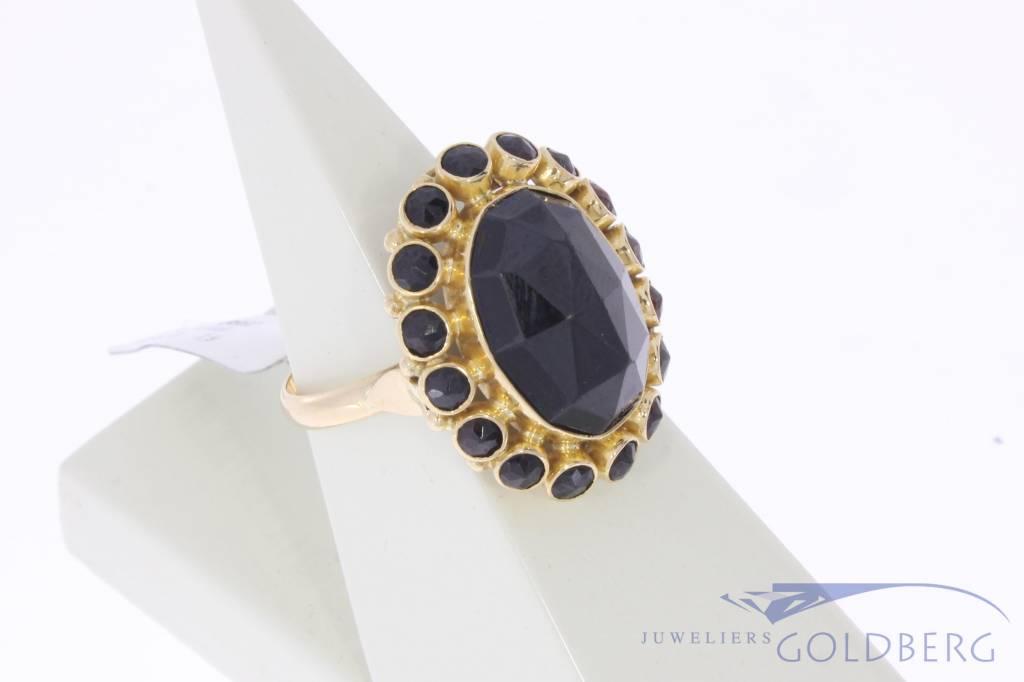 Grote vintage 14k gouden ring met granaten