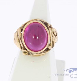 Vintage 18 carat gold with synthetic ruby