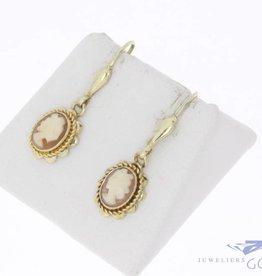 Vintage 14k gouden camee oorhangers