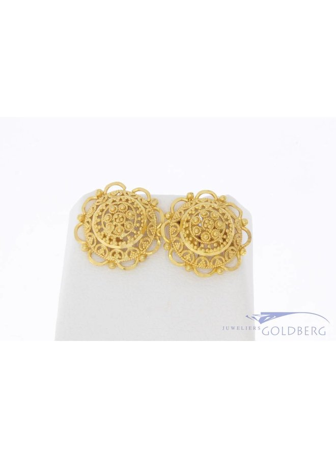 Vintage 20 carat gold filigree earrings