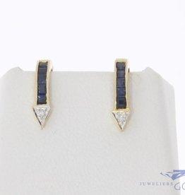 Vintage 14k gouden oorstekers met blauwe saffier en diamant