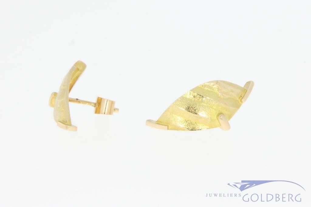 Vintage 14 carat gold edited design earstuds