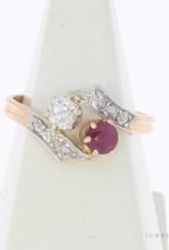 Antieke  18k gouden ring met roos geslepen diamant en robijn