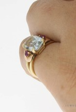 Vintage 14 carat gold ring with aquamarine and synthetic ruby