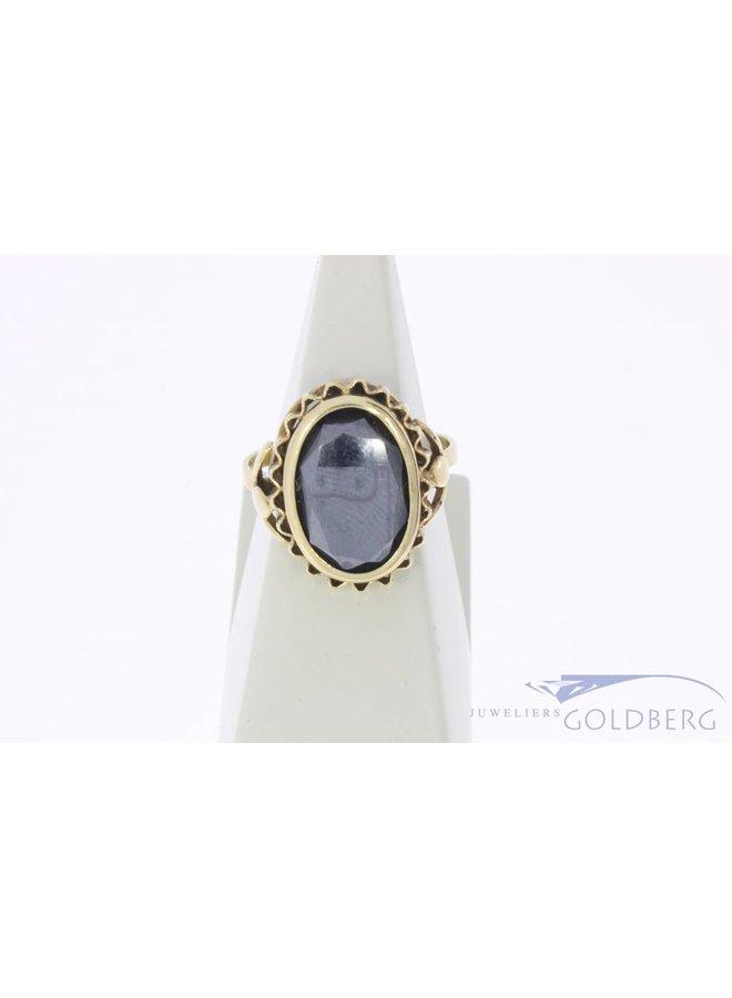 Vintage 14 carat gold ring with hematite