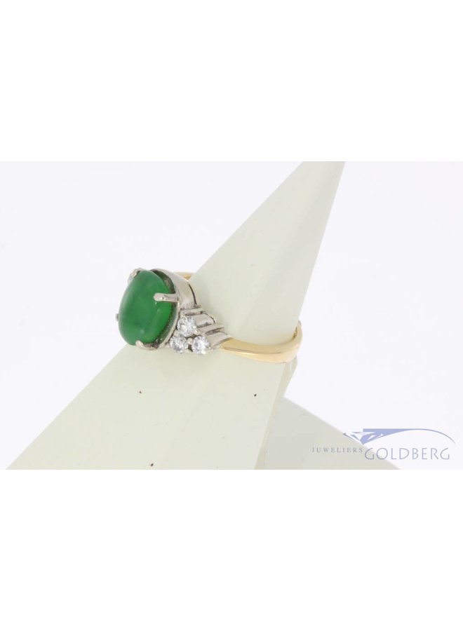 Vintage 18 carat bicolor ring with Chrysoprase and approx. 0.23ct brilliant cut diamond
