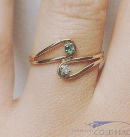Vintage 18k gouden ring met smaragd en ca. 0.03ct briljant geslepen diamant