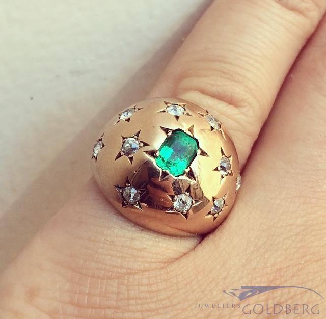 Robuuste vintage 14k gouden ring met smaragd en ca. 0.50ct briljant geslepen diamant