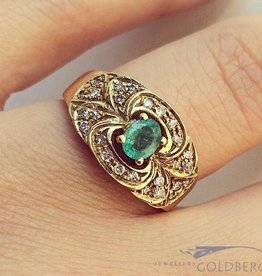 Vintage 18k gouden ring met smaragd en ca. 0.26ct briljant geslepen diamant
