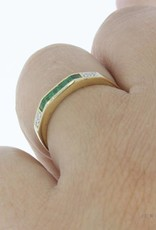 Vintage 14 carat gold alliance ring with emerald and approx. 0.03ct brilliant cut diamond