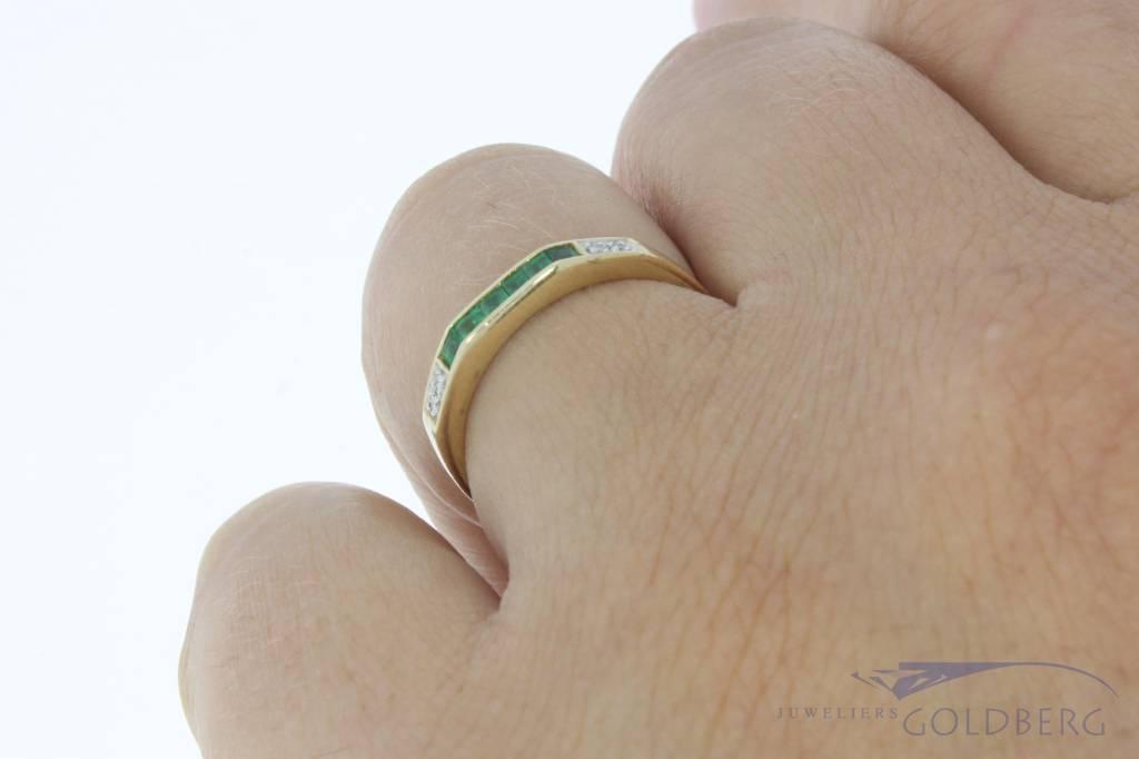 Vintage 14k gouden alliance ring met smaragd en ca. 0.03ct briljant geslepen diamant