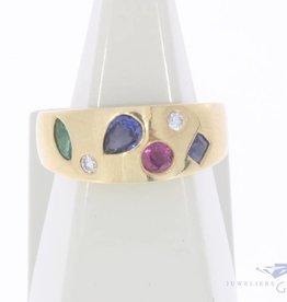 Vintage 18k gouden ring met robijn, smaragd, saffier en ca. 0.08ct briljant geslepen diamant