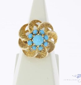 Large vintage 14 carat gold ring with turquoise