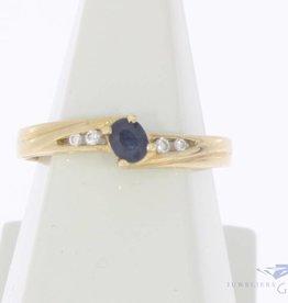 Vintage 14k gouden ring met blauwe saffier en briljant geslepen diamant