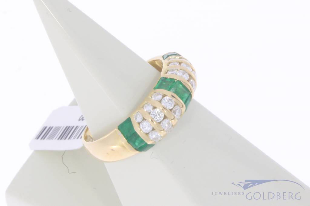 Vintage 18 carat gold ring with princess cut emerald and approx. 0.50ct brilliant cut diamond