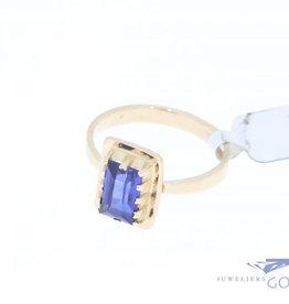 Vintage 14k rosegouden ring met synthetische saffier