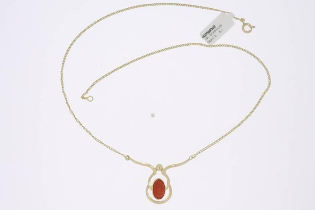 Vintage 14k  gouden  choker met bloedkoraal