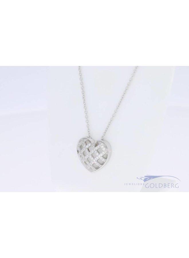 Kleine hartvormige hanger met zirconia
