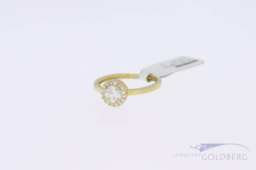 14k gold round roset ring with zirconia