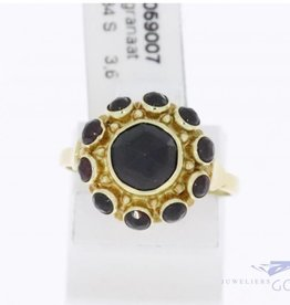 14k gold rosette ring with garnet