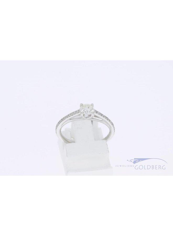 18k witgouden verlovingsring 0.48ct diamant