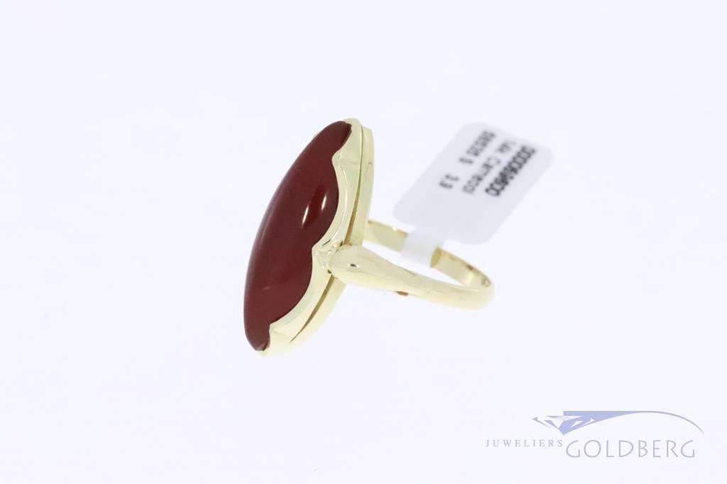 14k gouden vintage ring met carneool markiesvormig