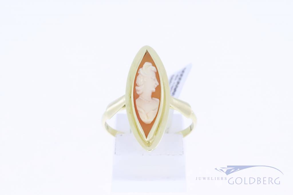 14k gold vintage marquise shaped Cameo ring