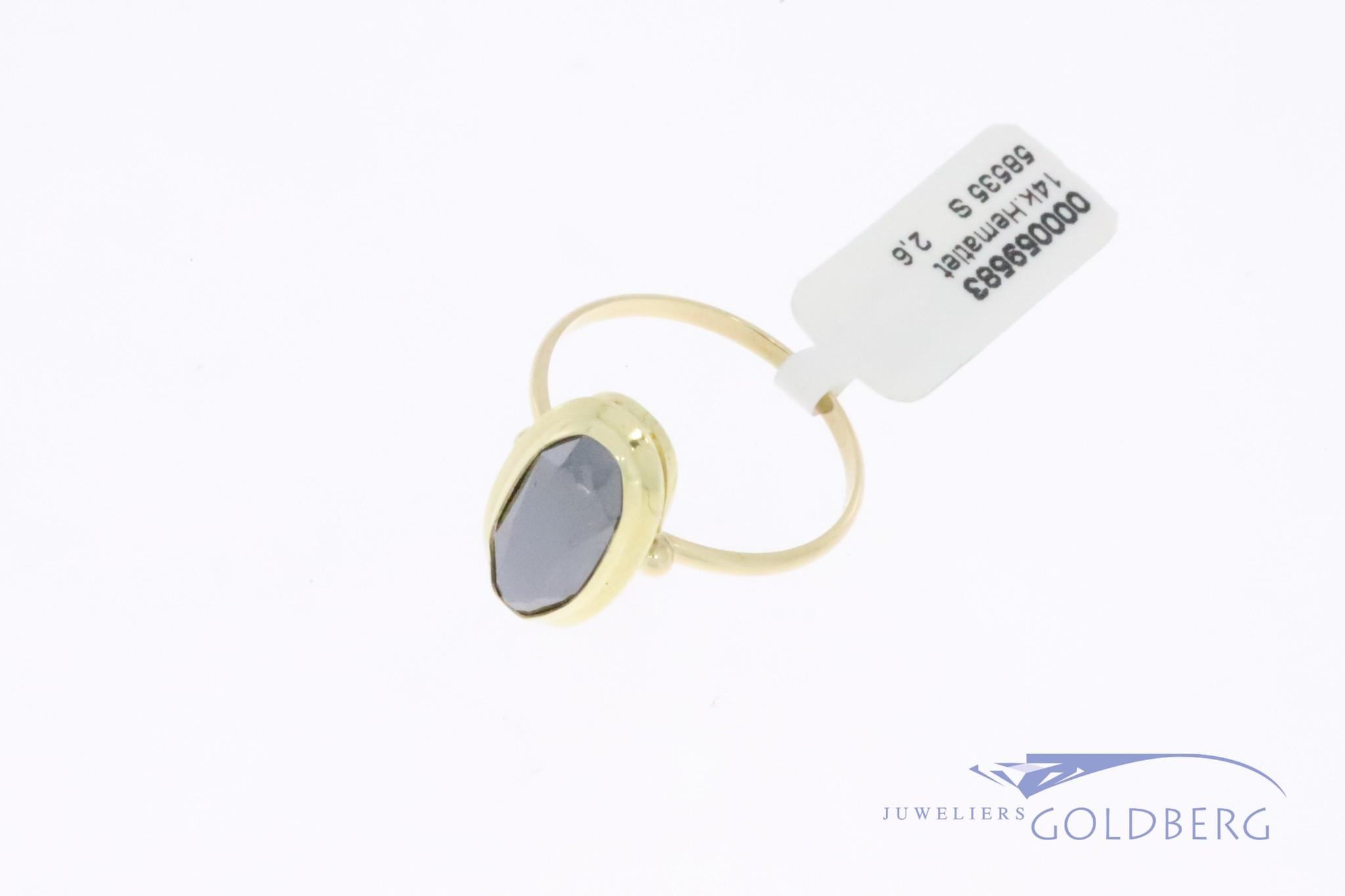 14k gouden, ovalen vintage ring met hematiet