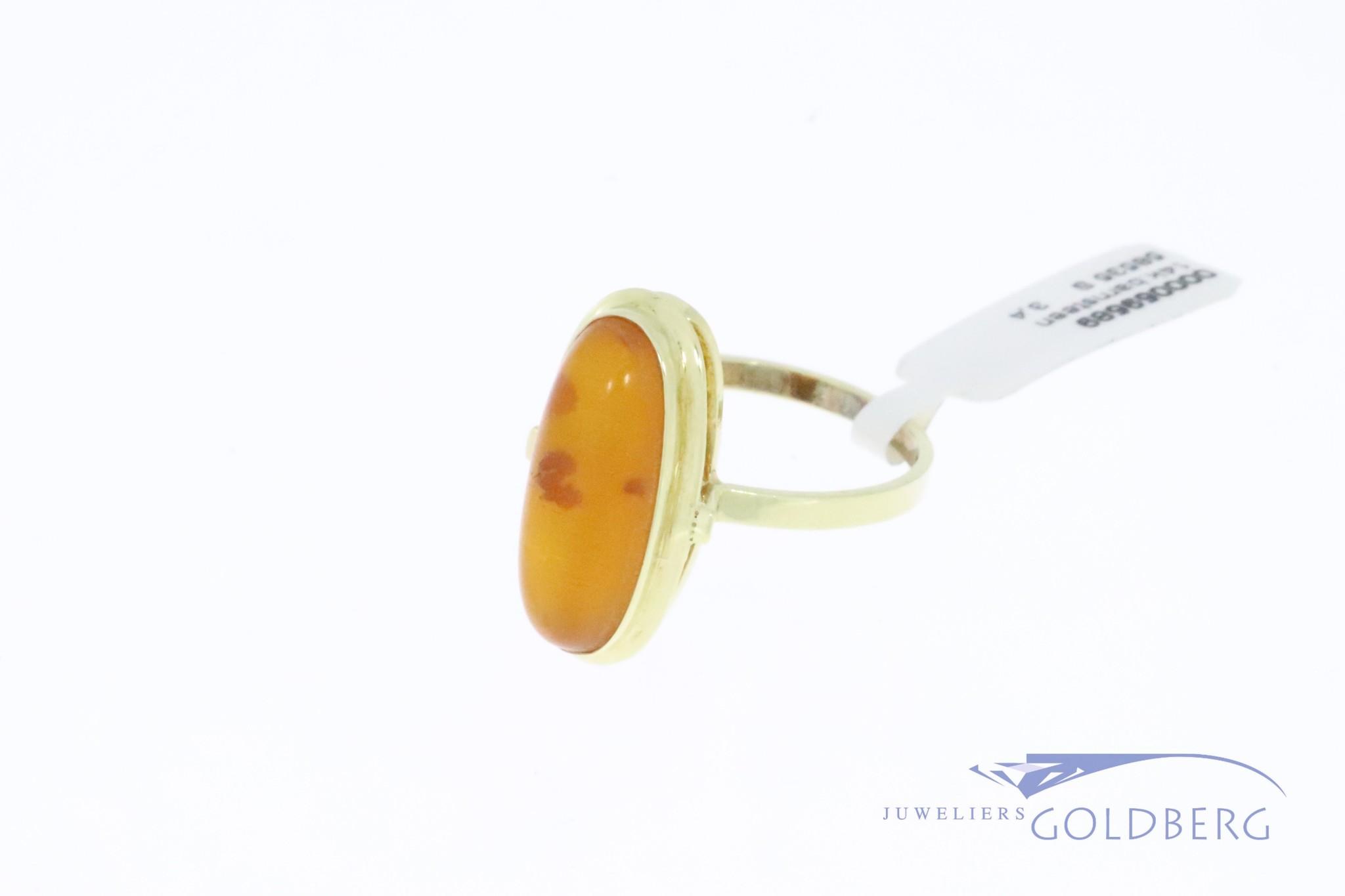 14k gouden klassieke vintage ring met barnsteen