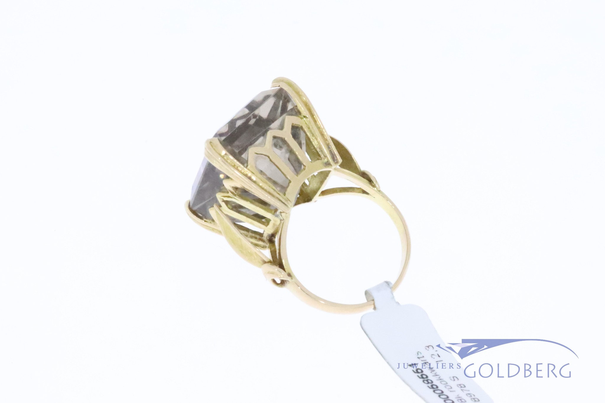 Very, very large 18k gold vintage ring with smoky quartz