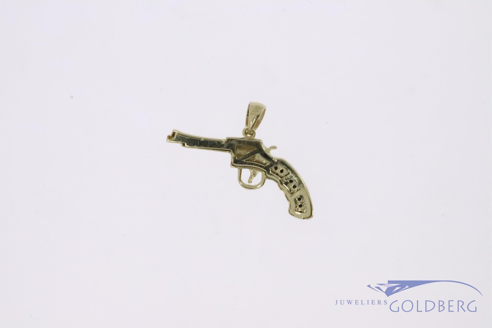 14k gouden kleine revolver hanger met zwarte zirconia's
