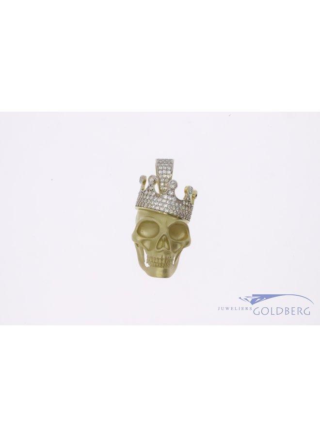 14k gouden schedel met kroon gezet met zirkonia's