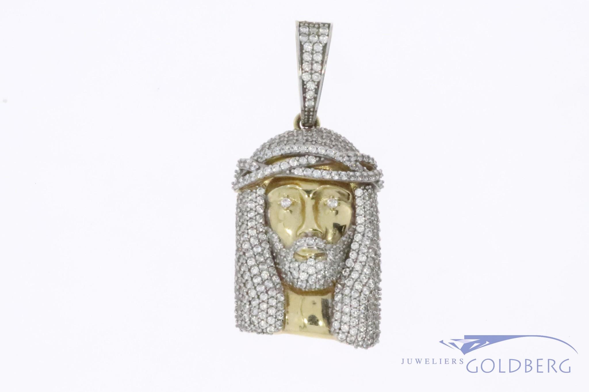 14k gouden Jezus hanger met zirconia's