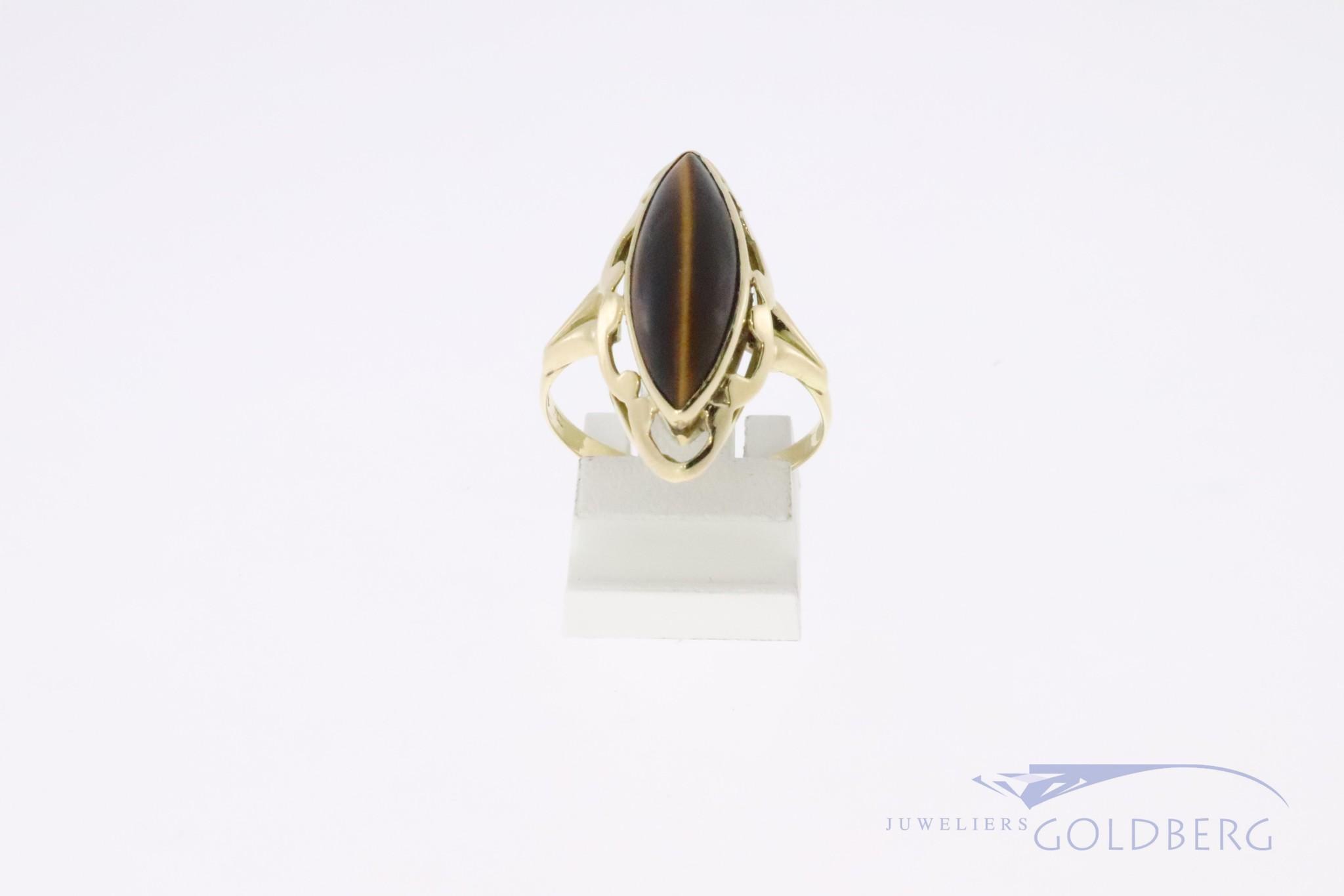14k gold vintage ring with a cateyecut tigereye