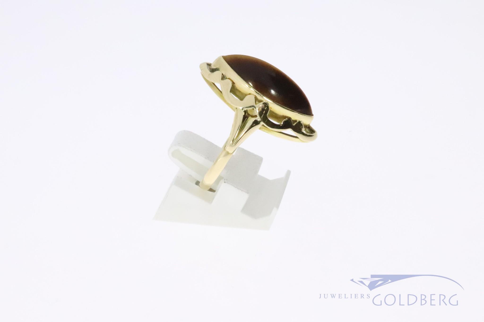 14k gouden vintage ring met een kattenoogslijpsel tijgeroog