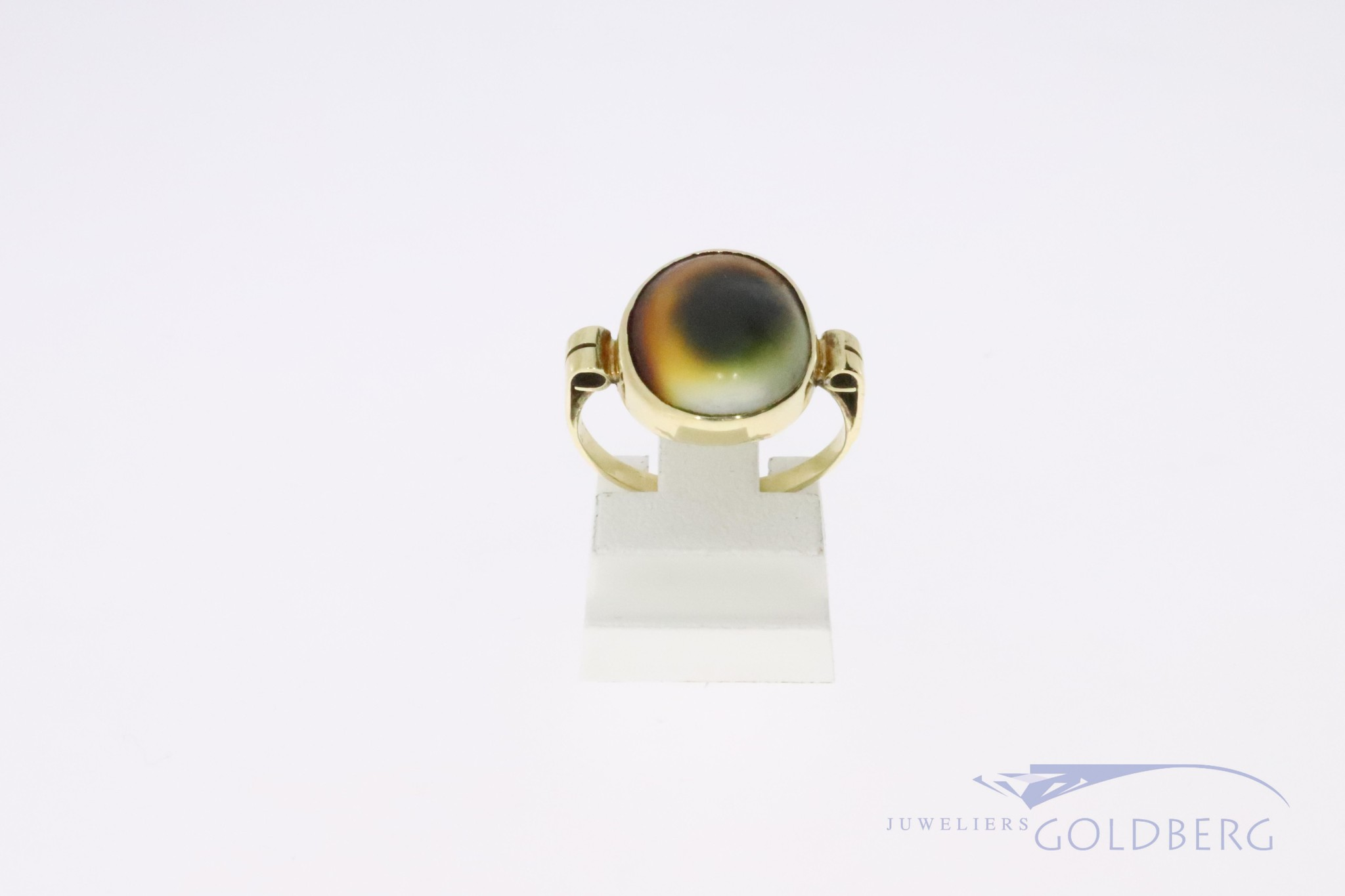 14k vintage gold ring with matabia