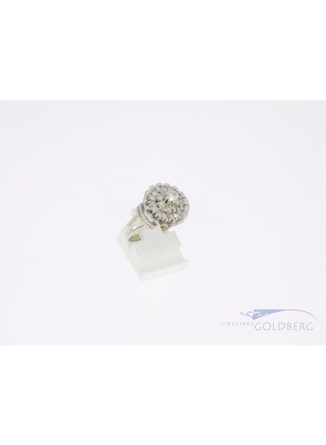 white gold 18k rosette ring with diamond