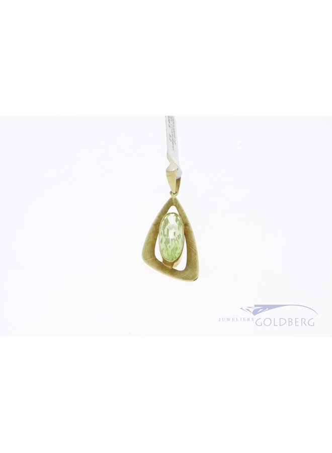 14k gold pendant with oval cut prasiolite