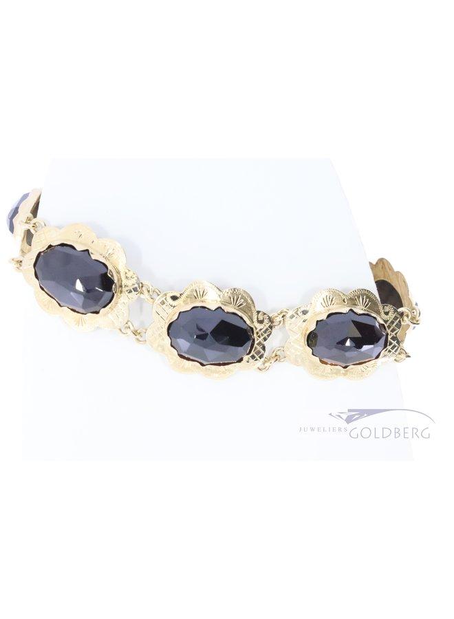 60's 14k gold bracelet with 8 garnishes