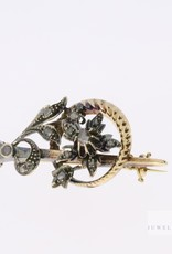 Antique brooch with flowers and diamond