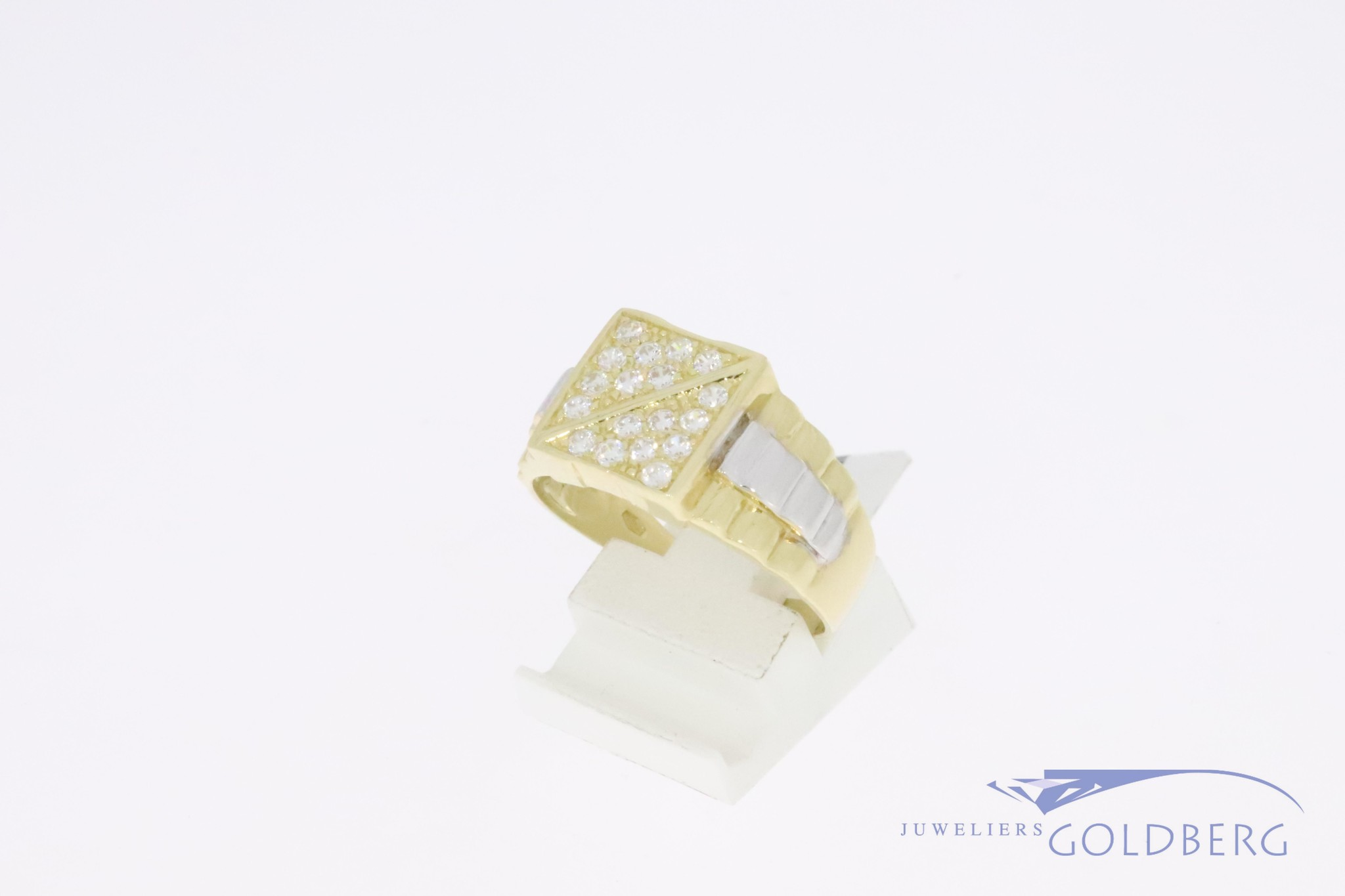 Sturdy 14k gold bicolor retro signet ring ('80s-'90s style) with zirkonia's