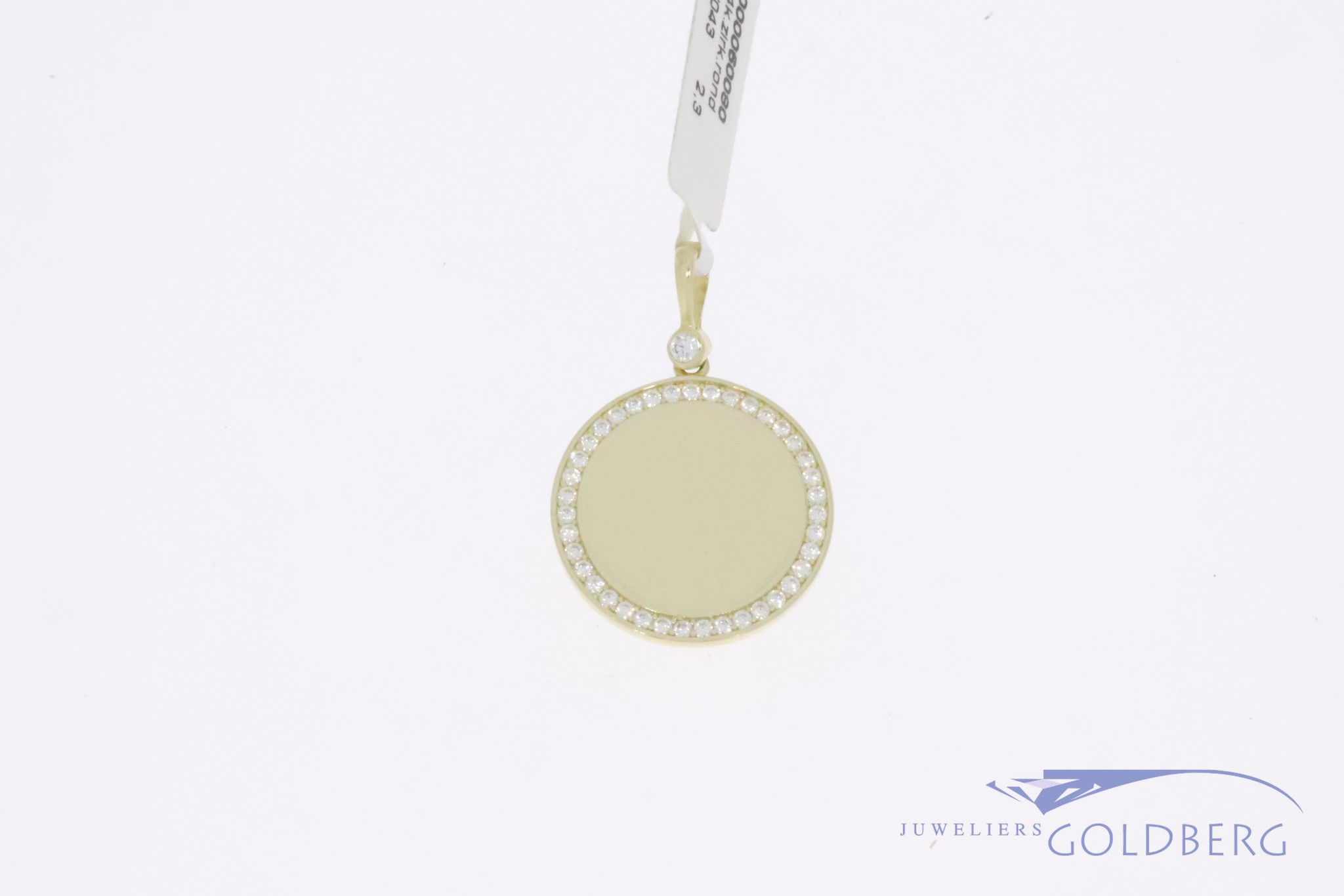 14k gold engravable round 20mm pendant with zirconia's