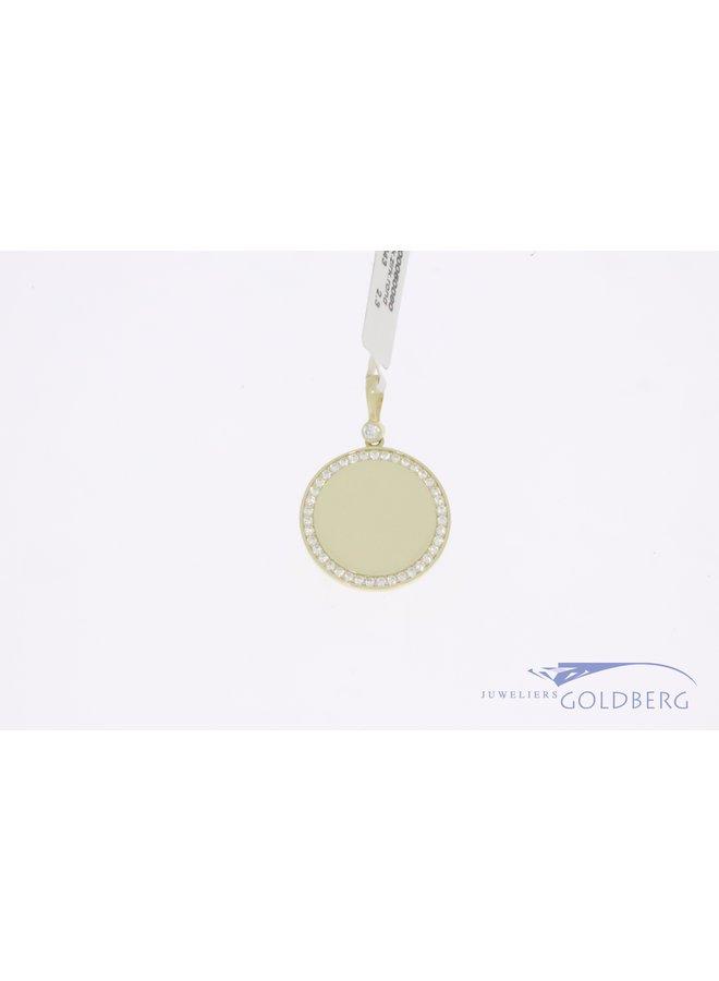 14k gold engravable round 15mm pendant with zirconia's
