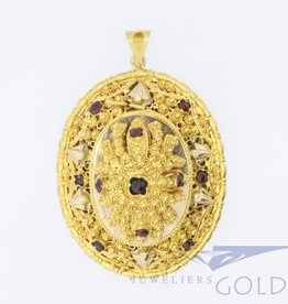 Large 14k gold filigree pendant with garnish