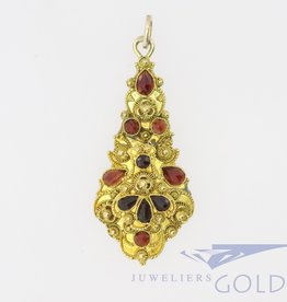 14k gold antique pendant with filigree and garnet
