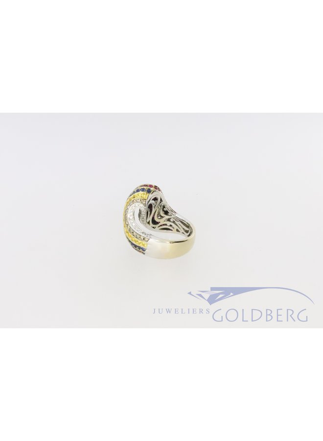 18k white gold with brilliant cut robust ring.