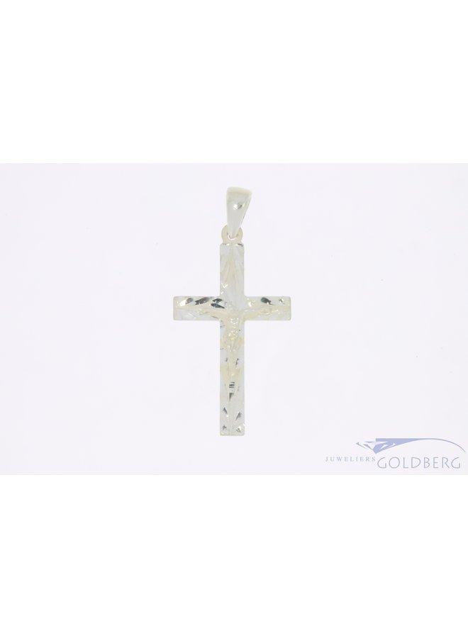 Massief zilveren kruis met Corpus